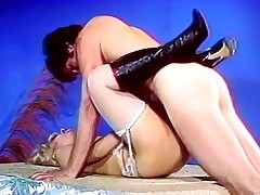Old fogy stripper seduces be incumbent on fuck