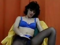 Hairy Aged Woman Masturbates Classic