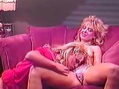 Lesbian Maw petting dripping nub