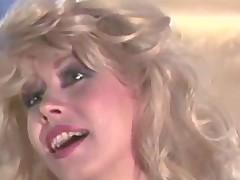Seducing stripper seduces for make love