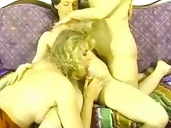 Tgirl threesome