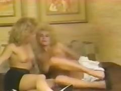 Blonde retro sluts encircling hard lesbo pussy licking action