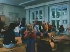 vintage 70s german - Schulmaedchenporno I - Das voegelnde Klassenzimmer  - cc79