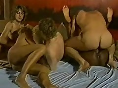 Pretty and hairy girls in a kinky 3some fianc'